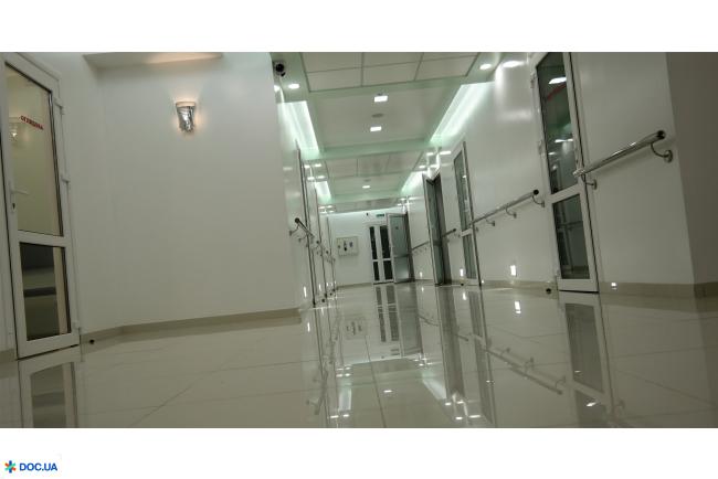 Центр відновлення зору Анатолія Совви. Онлайн запись в клинику на сайте Doc.ua (037) 290-07-37