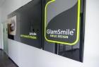 GlamSmile. Онлайн запись в клинику на сайте Doc.ua (057) 781 07 07